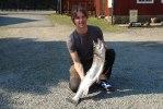 16) Niklas hade aldrig fiskat tvåhands förut men drog helgens tyngsta på 6,2!