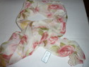 Blommig lång sjal