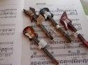 Bläckpenna i form av elgitarr