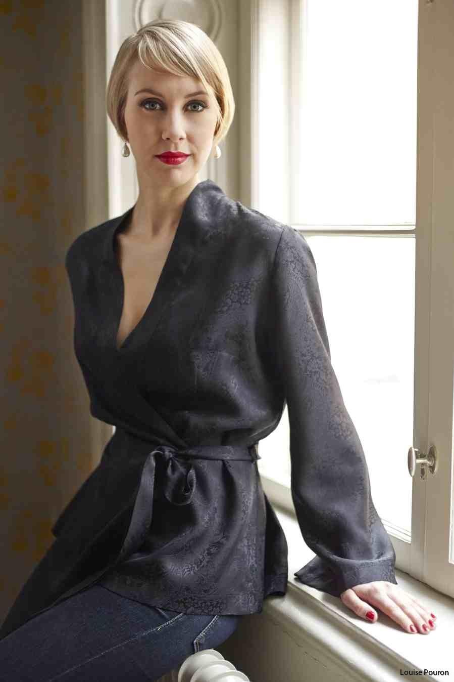 Kort kimonojacka svart