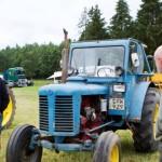 Totalt auktionerades nästan 500 objekt ut under lördagen. 30 av dem var veterantraktorerna från en man i Småland.