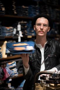 Tim Wallström, Fruängen, Jeans-expert, 25 år