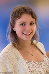 Petra Johansson, Gubbängen, Kameraförsäljare, 19 år