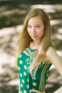 Elizabeth Postonen, Värmdö, Skönhetssalong, 28 år