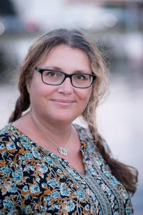 Anna Dyer, Brommar, Arbetssökande, 45 år