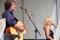 Calle Karlsson från Läjet kompade sin dotter i hennes sång. Foto:Ringhals AB