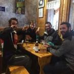 Mamo´s Cafe customer in NC hood drinking PD