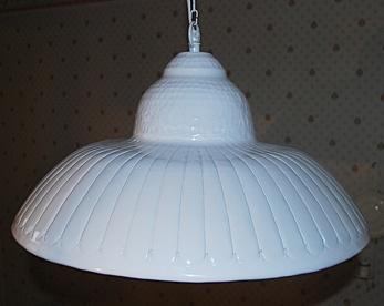 Lampa i metall 48 cm i diameter