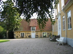 Munkhuset separat hus med egen trägård
