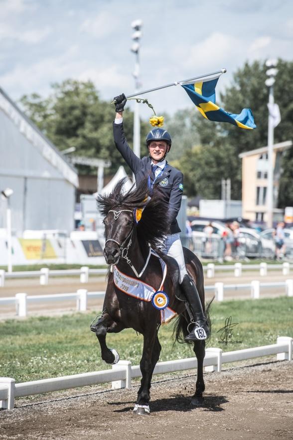 Världsmästare 2019. Foto Sofie Lahtinen Carlsson.