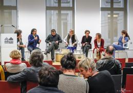 Parnelsamtal i Bryssel kring situationen för arabiska konstnärer i Europa mm. Klicka på bild för mer information.