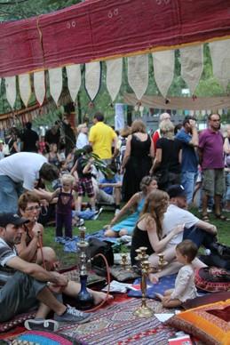 Halaykväll på Stockholms kulturfestival förvandlade Brunkebergstorg till något det aldrig varit tidigare!