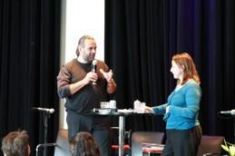 Mikael Olsson och Liz Fekete diskuterar högerpopulism och islamofobi i Europa