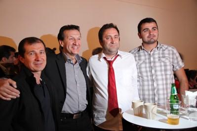 Hans Calderas gav konsert på Stadsmuseet, men här ses han med vänner i publiken under Roma Festval Night