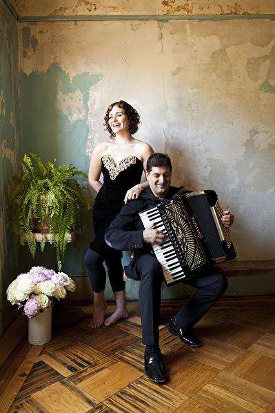 Eva Salina och Peter Stan. Foto: Deborah Feingold