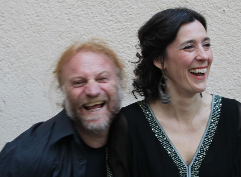 """Mousa Elias och Sofia Berg Böhm ger den 26 augusti programmet """"Hyllning till Oum"""" på Rönnells."""