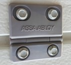 ASSA ABLOY Entrance Systems AB med Crawford garageportar