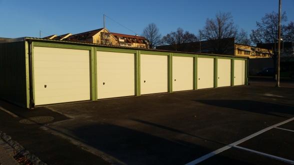 Montage av 34 garageportar i Uppsala - Portfirman.se