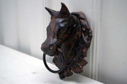 Hästhuvud med ring