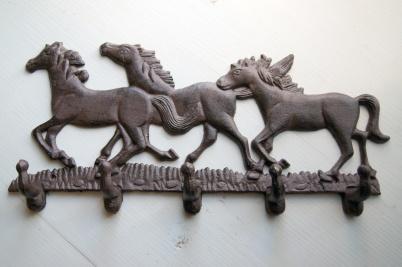 Hängare tre hästar i gjutjärn
