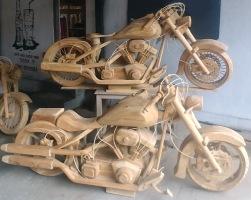 Motorcycklar i Teak