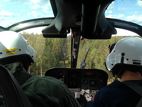Felsökningflygning av kraftledning.