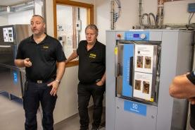 Friska brandmän är något som värderas högt och ett slutet tvättsystem på stationen finns i Ljungby