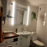 badrum stora lägenheten