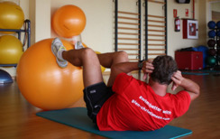 Abs with ball - the more efficient way