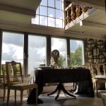 gårdsbutik-utsikt-shop-ängelholm-munka-ljungby-tåstarp-försäljning-inredningsdetaljer-gustavianska-stolar-dukning-inspiration-rutigt-fest