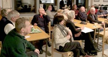 Många deltagare från Helmis besättning var församlade i Blidö IF:s lokal.
