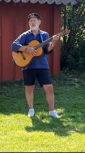 Håkan Lellky + gitarr
