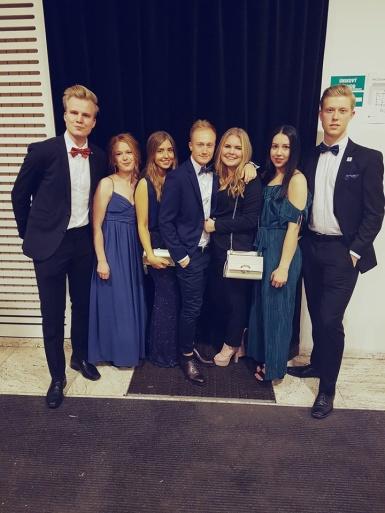 Från vänster: Gustav Nilsson, Lisa Johansson [SNAPS President], Linn Jansson, Carl-Magnus Christersson, Maria Hartmann [EPSA LS], Linnéa Kosir [SNAPS Sekreterare], Isak Simon.