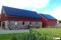 Montering av solceller på gård utanför Falkenberg Halland