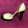 Klassiska Chanel pumps strl 38