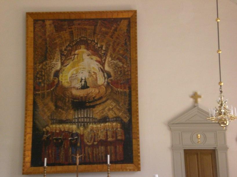 I den gamla sockenstugan fick vi veta mer om författaren och konstnären Elisabeth Bergstrand-Poulsen.          I kyrkan finns hennes altartavla.