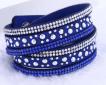Läderarmband med strass & silverdetaljer - Kornblått armband med strass och silver detaljer