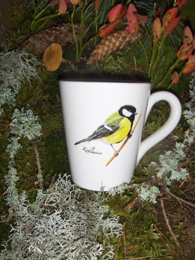 Bild-1  Fågelmugg med Talgoxe, höjd 10 cm.  Pris 139:-