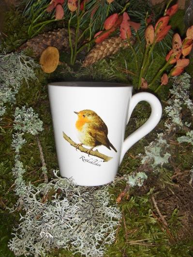 Bild-3  Fågelmugg med Rödhake, höjd 10 cm.  Pris 139:-