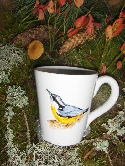 Bild-9  Fågelmugg med Nötväcka, höjd 10 cm. Pris 139:-