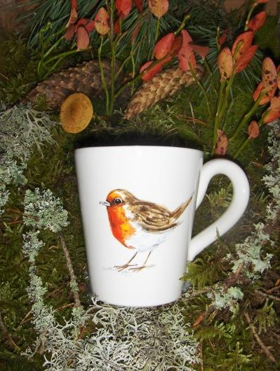 Bild-17  Fågelmugg med Rödhake, höjd 10 cm.  Pris 139:-