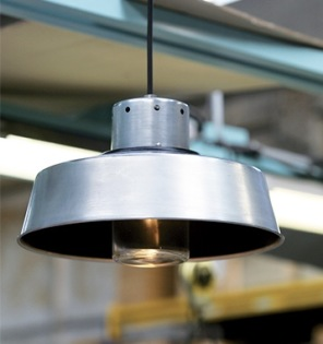 Modern utebelysning i industriell stil - hos Alegni Interiors, Stockholm