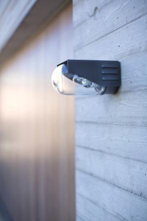 Modern utebelisning för vägg och faasad - fransk design av utelampor - köp hos Alegni Interiors