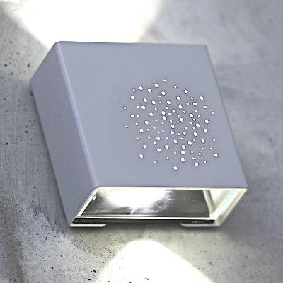 Up & Down light utebelysning med led för vägg - hos Alegni Interiors
