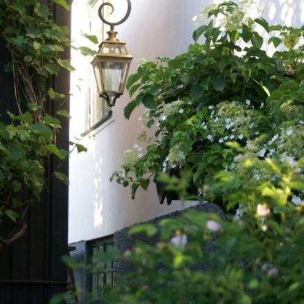 Stor utomhusbelysning - Kollektion Place des Vosges 3 - hos Alegni Interiors, Stockholm