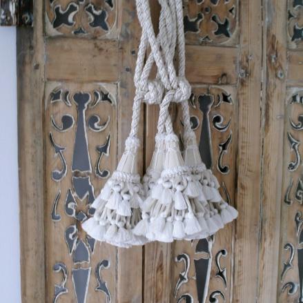 Vackra gardinomtag - hos Alegni Interiors Stockholm