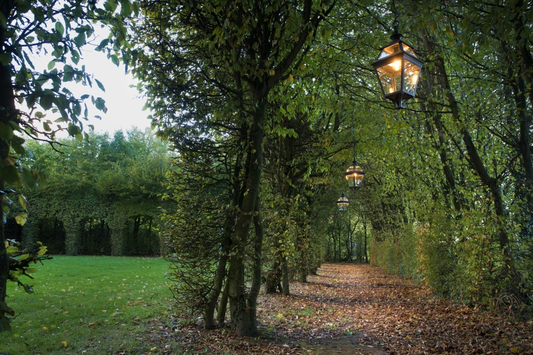 Stora utelampor för verandor - Alegni Iteriors Stockholm,