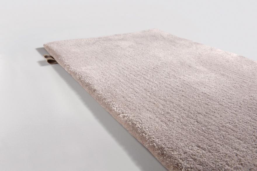 Måttbeställda mattor - hos Alegni Interiors Stockholm