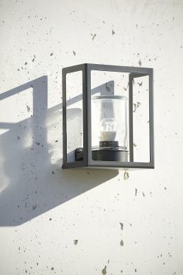 Utesebelysning vägg - Kollektion Hugy - Utelampa vägg - Modern utomhusbelysning -  hos Alegni Interiors, Stockholm
