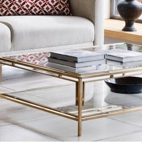 Soffbord by Vaughan Designs - Bridgehampton i glas och mässing - hos Alegni Interiors Stockholm